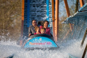 Pleasurewood Hills - Log FLume - Richard Jarmy Photography - Wedding commercial event Photographer