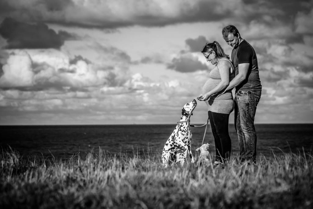 West Runton - Pregnamt - Dogs - Richard Jarmy Photography - Wedding commercial event Photographer